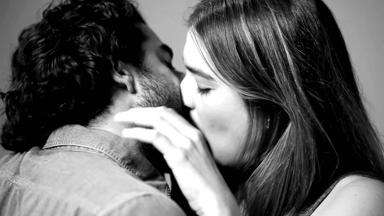 Mơ thấy hôn ông chủ của mình là điềm báo tốt hay xấu?