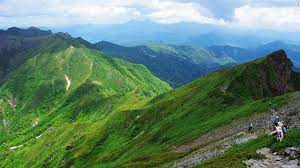 Mơ thấy núi có ý nghĩa gì? Đánh đề số nào phát tài?